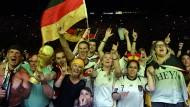 Deutsche Fans im Siegestaumel
