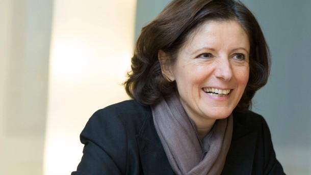 Malu Dreyer - Die rheinland-pfälzische Sozialministerin und designierte Ministerpräsidentin von Rheinland-Pfalz, stellt sich den Fragen von Cornelia von Wrangel und Ursula Scheer.