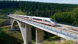 Mit 330 km/h über die Schienen