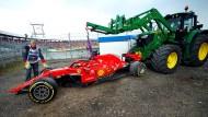 Vettels Ferrari am Haken