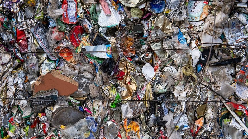 Die Bewohner des Untertaunus kann ihr Müll in Zukunft teuer zu stehen kommen (Symbolbild).