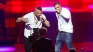 "Die Rapper Kollegah (links) und Farid Bang bei der ""Echo""-Verleihung."