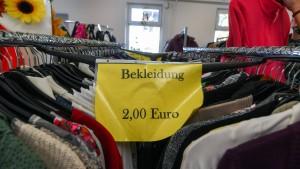 Das Armutsrisiko steigt nur in Westdeutschland
