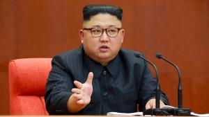"""Kim Jong-un verteidigt Atomprogramm als """"mächtige Abschreckung"""""""