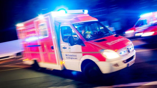 Schwangere und Baby bei Hausbrand schwer verletzt