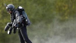 Brite schafft Weltrekord im Düsenantrieb-Anzug