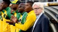 Wieder auf der Bank, aber wieder keine Punkte: Winfried Schäfer und Jamaika