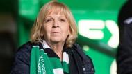 Mehr Kraft für Borussia Mönchengladbach: Die Ministerpräsidentin von NRW fiebert für ihren Verein beim Spiel im Celtic Park gegen Glasgow.