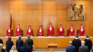 Der Zweite Senat des Bundesverfassungsgerichtes eröffnet die mündliche Verhandlung zum Sterbehilfe-Verbot.