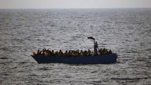 Rechtsextreme wollen Flüchtlinge zurückbringen