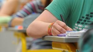 Der Weg zu gültigen Abiturstandards