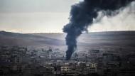 Amerikaner liefern Waffen an Kurden in Kobane