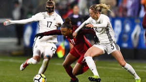 DFB-Frauen verlieren Auftaktspiel
