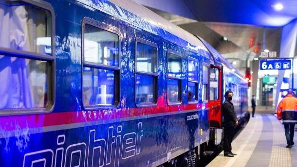 Nachtzug fährt wieder von Paris über München nach Wien