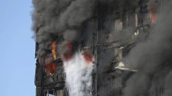 Tote und Verletzte bei Hochhausbrand in London