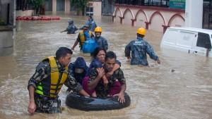 Mehr als 150 Menschen sterben bei Unwettern in Südasien