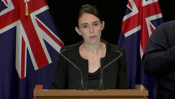 Nach Anschlag in Christchurch: Ardern will Waffengesetze ändern
