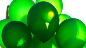 Per Luftballon zum Kleinbus