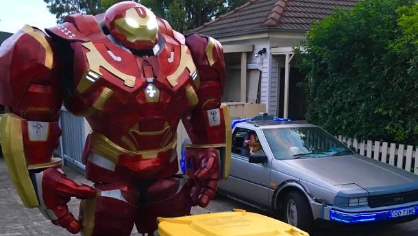Iron Man bringt den Müll raus