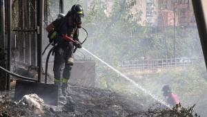 Feuerwehrleute auf Sizilien als Brandstifter festgenommen
