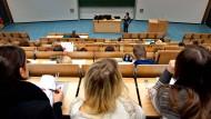 Mehr Nachwuchsprofessoren für Deutschlands Hörsäle.