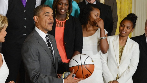 President Obama welcomes the 2012 NCAA Women's Basketball Champio
