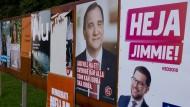 Die Schweden haben die Wahl: Plakate der Kandidaten in Flen, etwa 100 Kilometer westlich von Stockholm