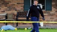 Mann  tötet einen Polizisten und eine Frau