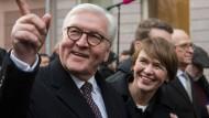 Eine Art Staatsbesuch: Frank-Walter Steinmeier und sein Frau Elke Büdenbender zu Besuch in Frankfurt
