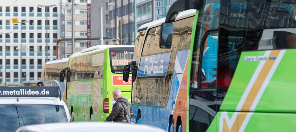 Fernbusreisen Boomen Doch Es Gibt Zu Wenig Busfahrer