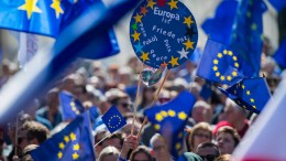 Nicht mehr national debattieren, sondern europäisch