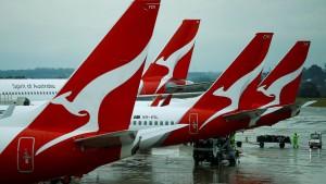 Qantas streicht Gehälter der Chefs