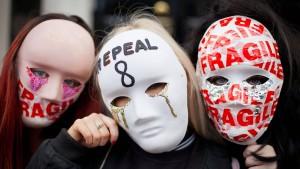 Iren dürfen über Legalisierung von Abtreibungen abstimmen