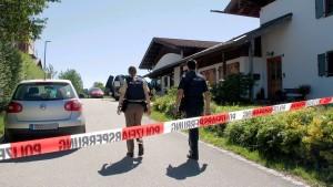Auch Großvater stirbt nach Familiendrama in Bayern