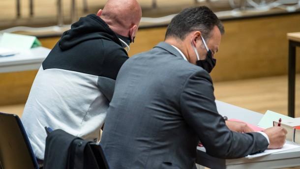 """Haftstrafen für mutmaßliche Mitläufer von """"Revolution Chemnitz"""""""