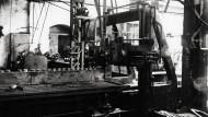Munitionsfabrik im ersten Weltkrieg, Foto um 1915. Dort wurden Granaten hergestellt.