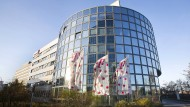 Blick auf die Zentrale von T-Systems in Frankfurt am Main.