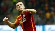 Die halbe Türkei liegt Podolski zu Füßen