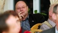 """""""Parlamentsunwürdig"""": Der Linke Frank Kuschel bei einer Aschermittwochsveranstaltung der SPD in Thüringen"""