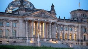 Offenbar mehrere rechtsextreme Vorfälle bei Bundestagspolizei