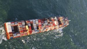 Piraten überfallen Schiff deutscher Reederei