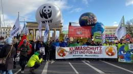 """Stop Klimakrise, Stop GroKo"""