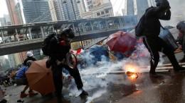 Dutzende Festnahmen bei Unruhen in Hongkong