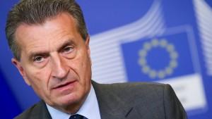 Oettinger hält Weigerung von Flüchtlingsaufnahme für beschämend