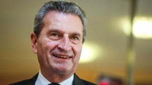 EU-Kommissar Oettinger hält Atomenergie für unverzichtbar
