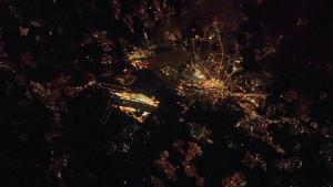 Nachtflug über Frankfurt