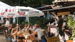 Große Koalition macht Biergärten das Leben schwer