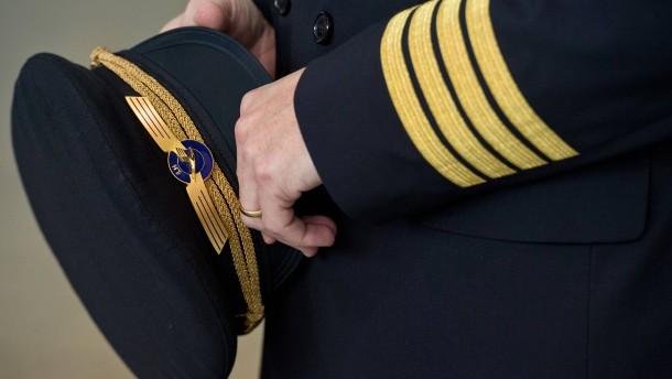Lufthansa-Piloten bieten erheblichen Gehaltsverzicht an