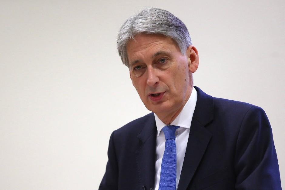 """""""Der Gewinner wird New York oder Singapur sein"""": Der britische Schatzkanzler Philip Hammond über mögliche Brexit-Profiteure"""