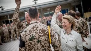 Neues Gesetz soll Bundeswehr attraktiver machen